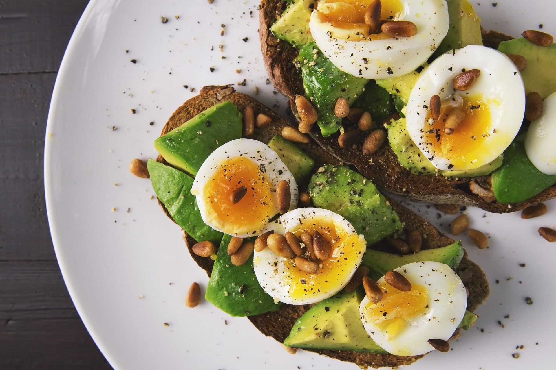 avocado egg breakfast - caribbean yoga retreat